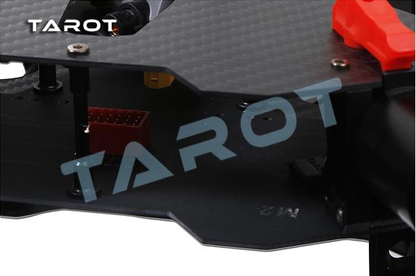 Tarot_x6_c.jpg